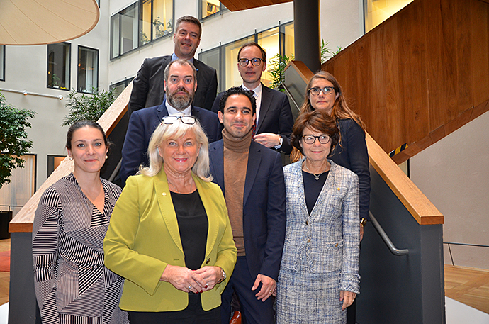 Bild på alla ledamöter i riksdagens pensionsgrupp.