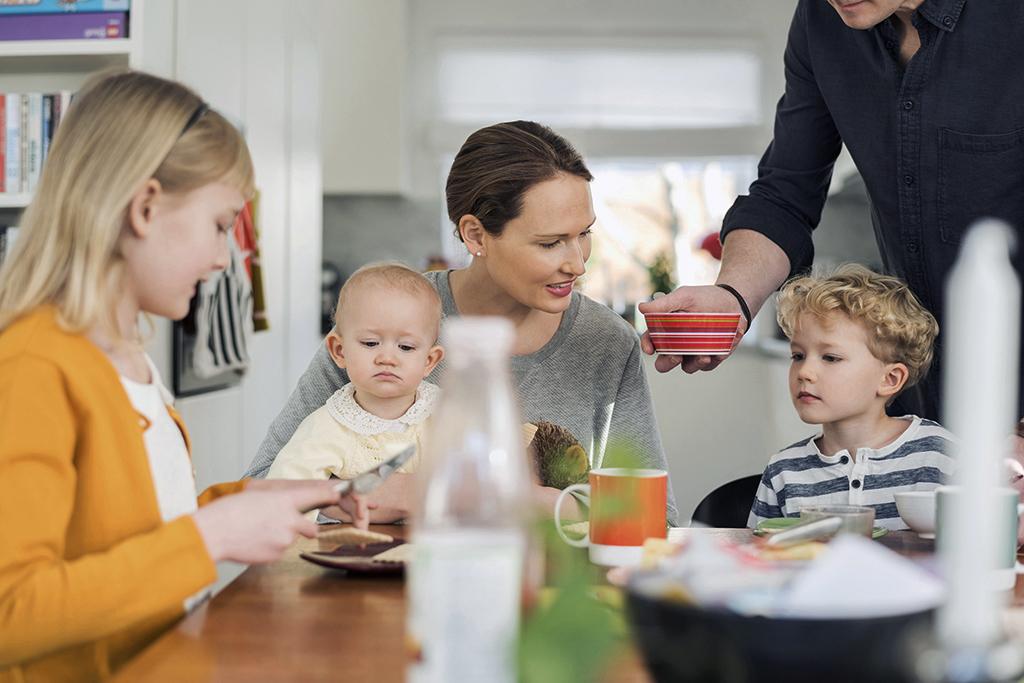 Sveriges bästa sajter om pension och försäkringar ger dig koll på familjeekonomin.